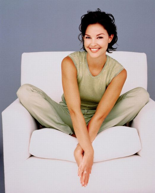 Ashley Judd hairstyles short hair 2